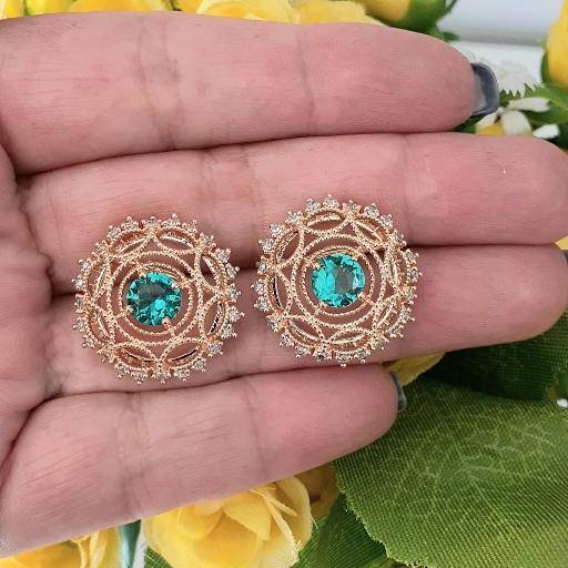 Brinco Redondo Zircônias e Cristal Azul Aqua