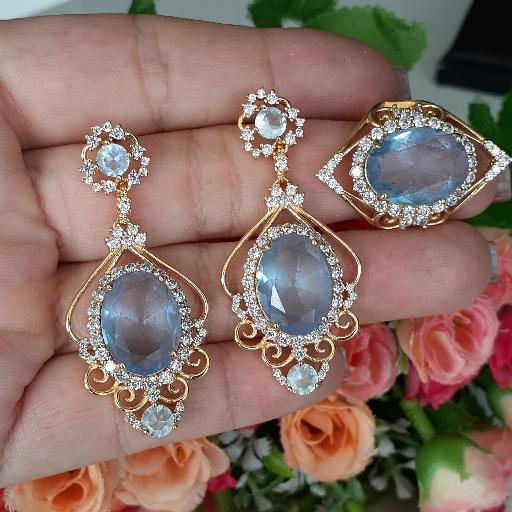 Conjunto Cristal Azul com Zircônias